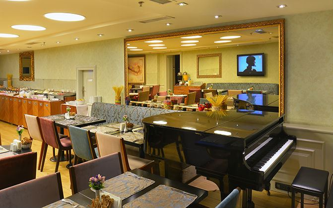 mcan-accommodation-pera-tulip-hotel-9