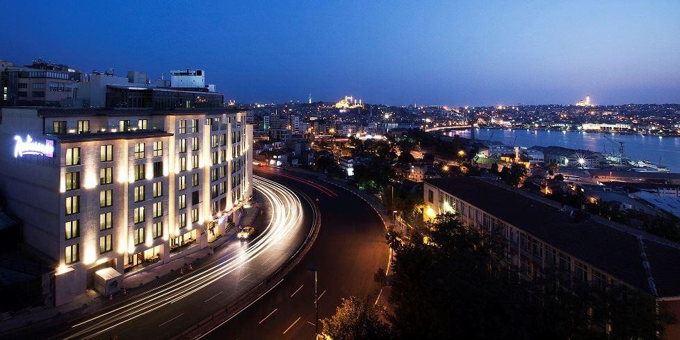 mcan-accommodation-radisson-blu-hotel-istanbul-pera-1