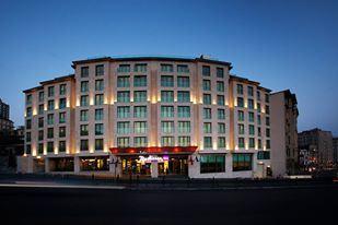 mcan-accommodation-radisson-blu-hotel-istanbul-pera-7