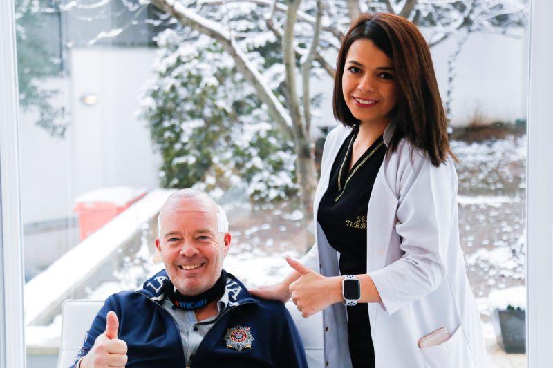 Éxito trasplante capilar en Turquía