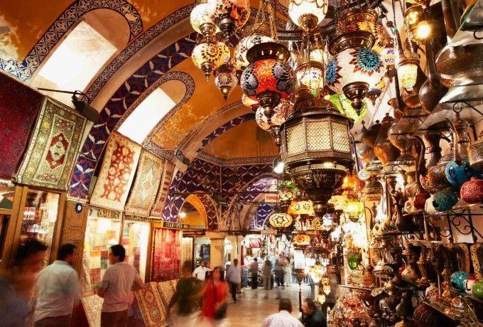 Grand Bazaar | MCAN Health trasplante capilar Turquía